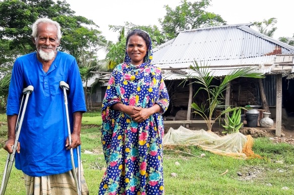 Mahinur's husband Khalek with new crutches2